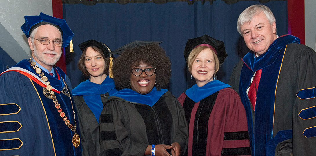 Sheryl Underwood commencement group